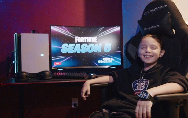 8 Years Old E-Sports Player Joseph Deen Made History!